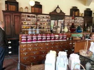 The set of Victorian Pharmacy